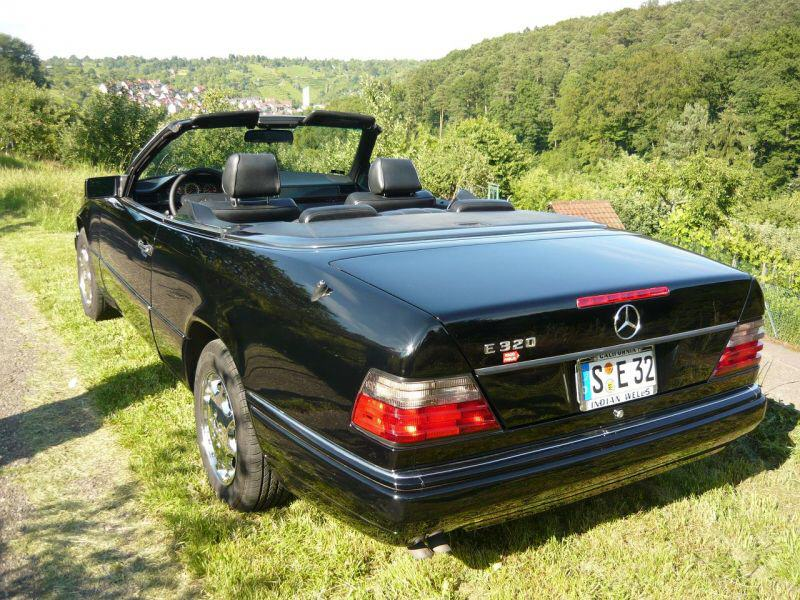 classic garage gottwick mercedes benz w124 e320 cabrio. Black Bedroom Furniture Sets. Home Design Ideas